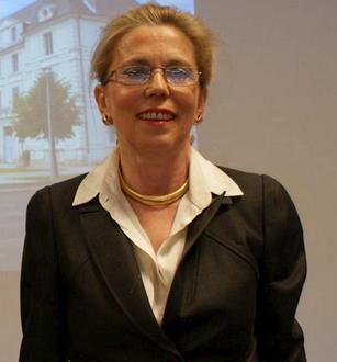 La Nouvelle République - 21 avril 2012 dans Media Anne-Barjansky-sur-les-pas-du-psychiatre-lochois-Henry-Lemesle_image_article_droite